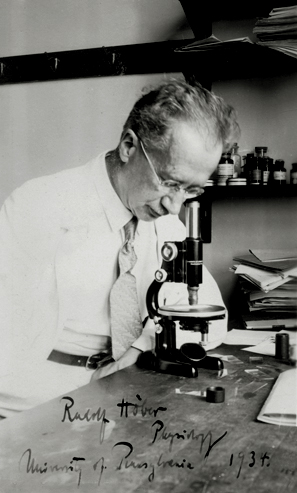 Rudolf Höber in his laboratory at the University of Pennsylvania, Philadelphia, 1934