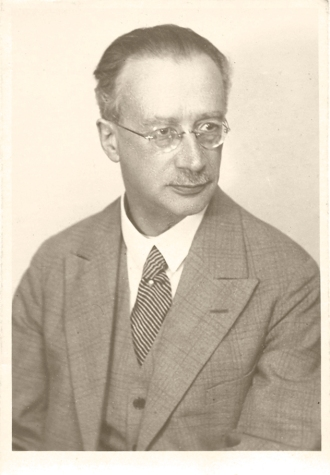 Rudolf Höber, Professor of Physiology, University of Kiel, around the time of his expulsion in 1934.