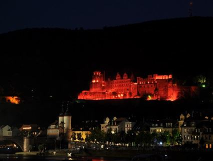 Heidelberg Castle illuminated for a celebration in 2010.  This is what it would have looked like when celebrating the installation of a new Rektor in the 1920s.