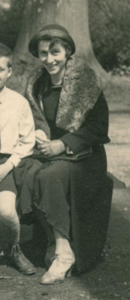 Natalie Freyberger, Düsseldorf, 1937.