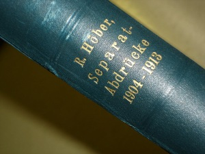 The spine of Prof. Cremer's book of bound articles by Rudolf Höber