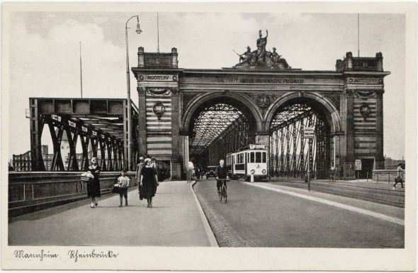 The bridge over teh Rhine at Mannheim around 1934.  Elfriede probably used the walkway at the far right to carry Johannes' pistol onto the bridge.