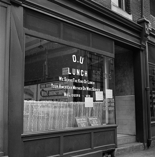 "Bill Rapp, O.U. Lunch (""Baked Beef Hash Rice and Carrots 35 cents""), Philadelphia, 1950s. Bill Rapp Collection, Free Library of Philadelphia."